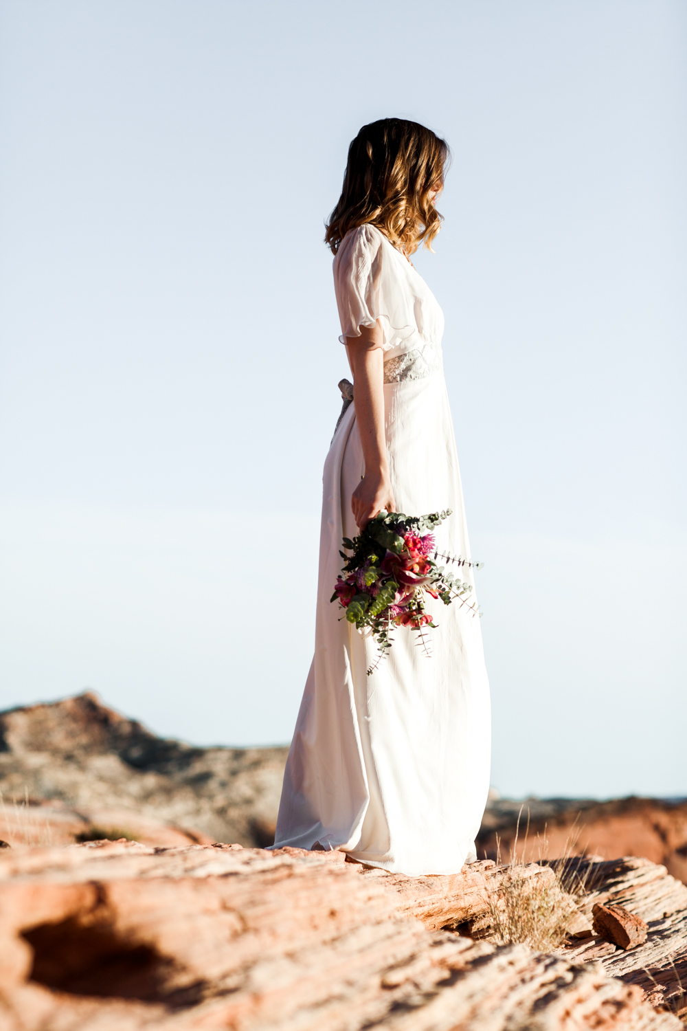 laura-weingarten_bridal_valley-of-fire-10