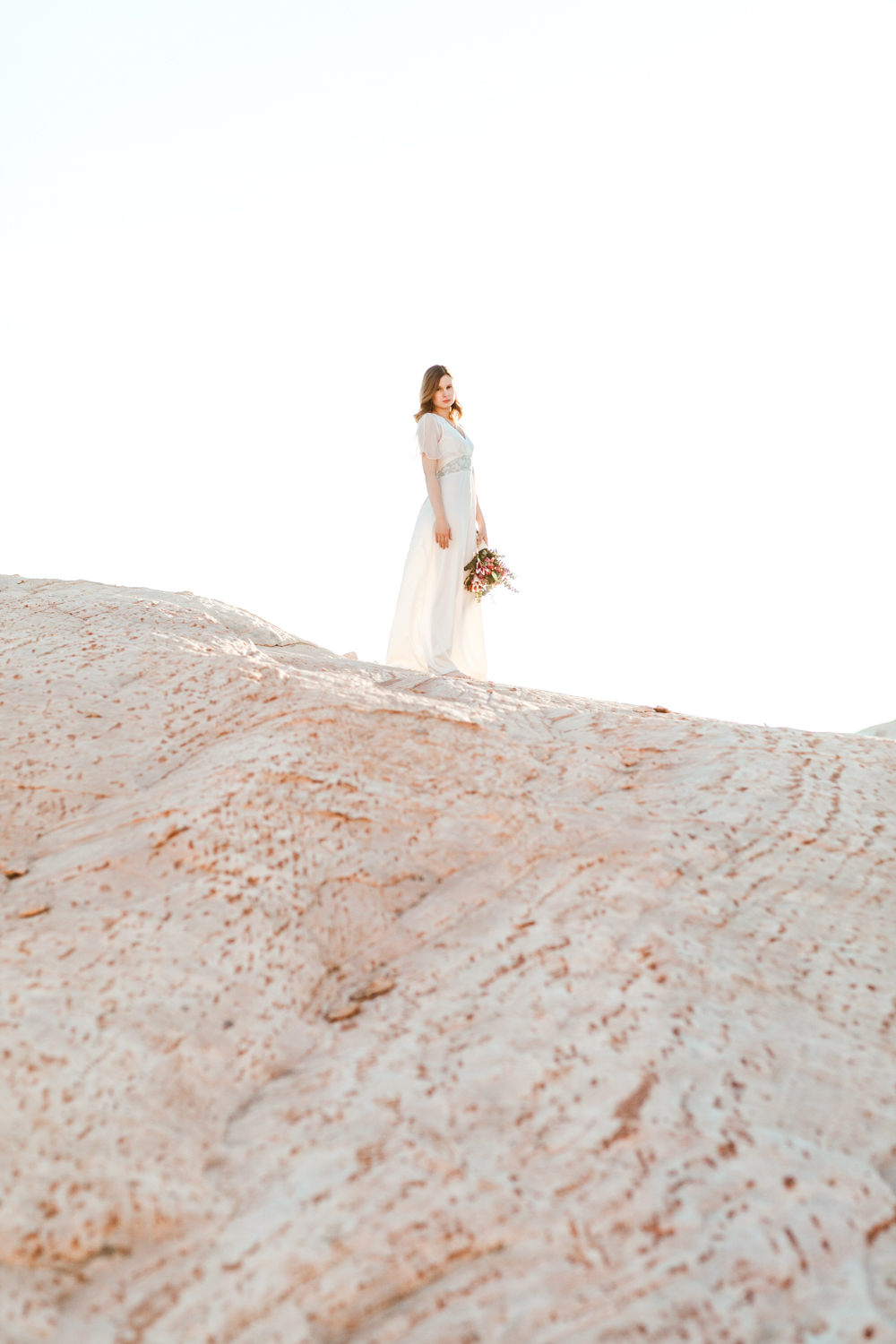 laura-weingarten_bridal_valley-of-fire-24