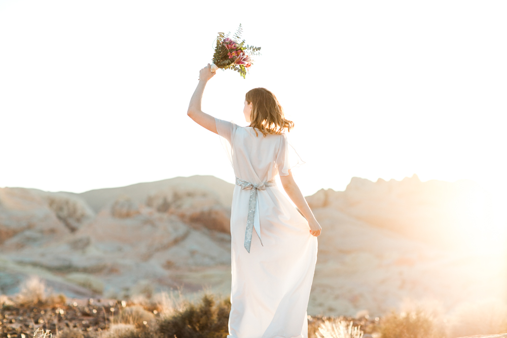 laura-weingarten_bridal_valley-of-fire-5