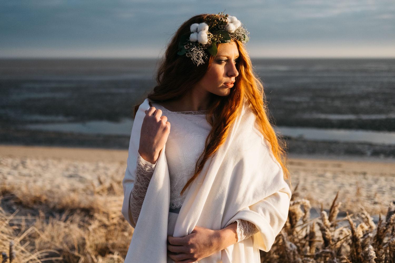 2_noni_bridal_tops_2017_ninette_09