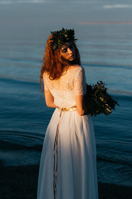 noni_bridal_tops_2017_luana_03